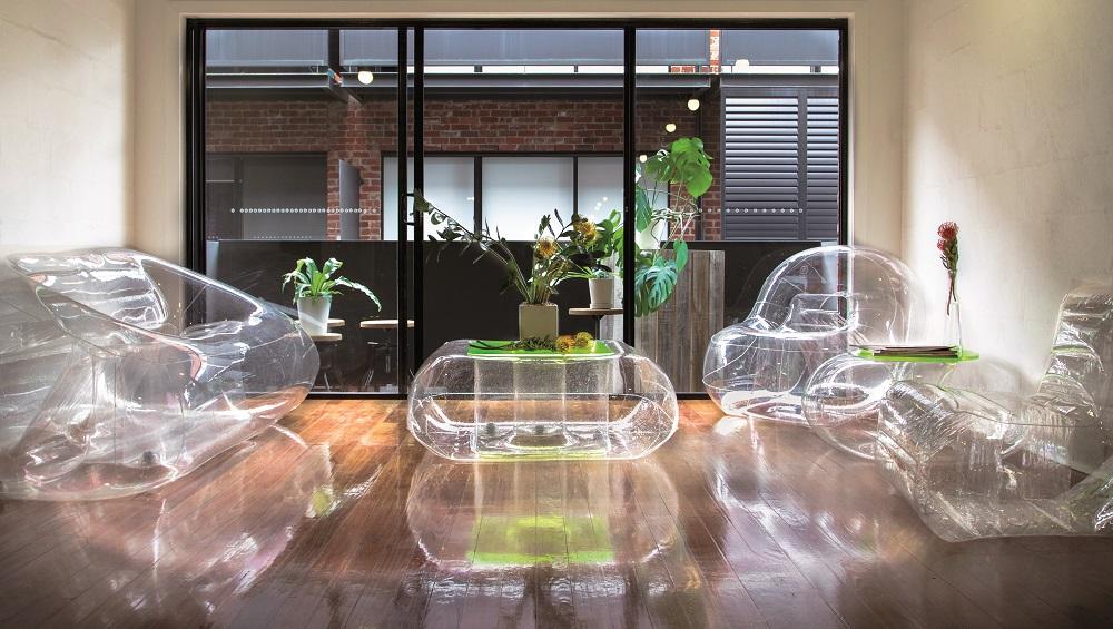 location mobilier gonflable chic et design en auvergne. Black Bedroom Furniture Sets. Home Design Ideas